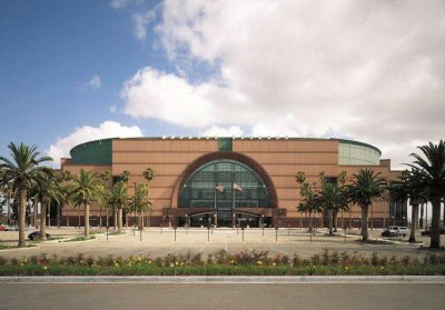 <strong>Anaheim Arena Building Los Angeles Rosso Vanga (2)</strong><br><br>